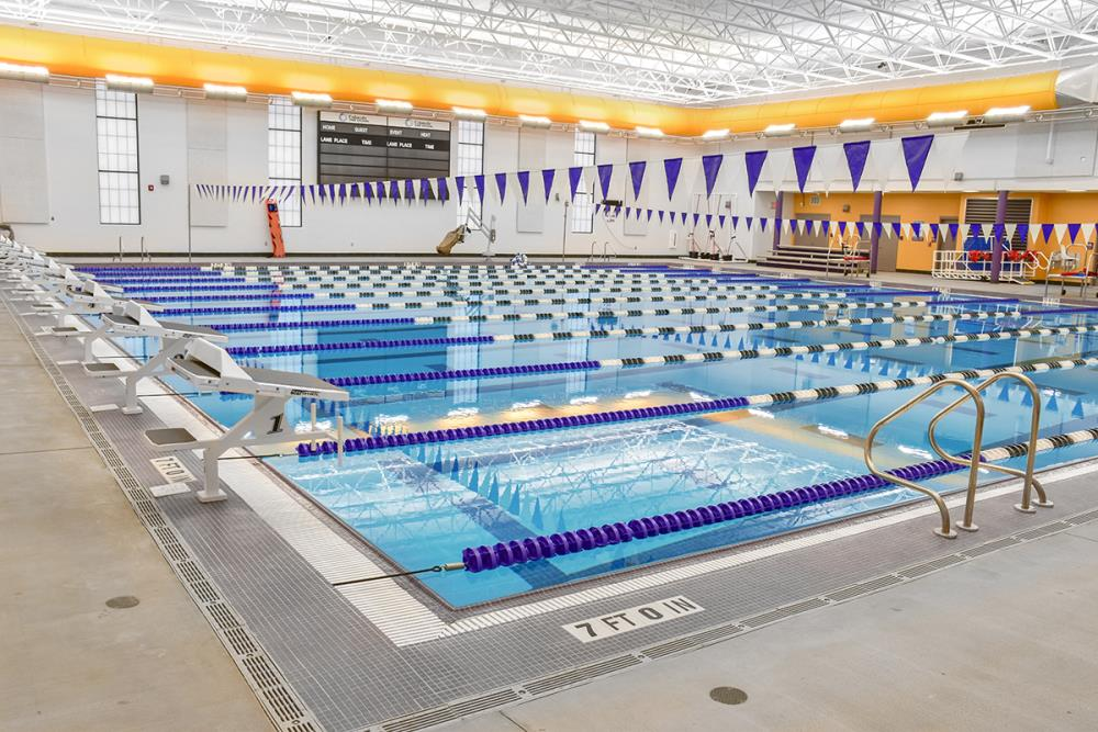 Lightruss LED - Buncombe County Schools Aquatics Center