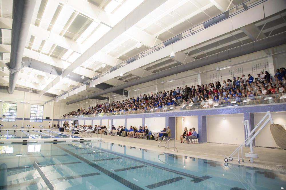 Lightruss LED - Lloyd Aquatic Center at Mercersburg Academy