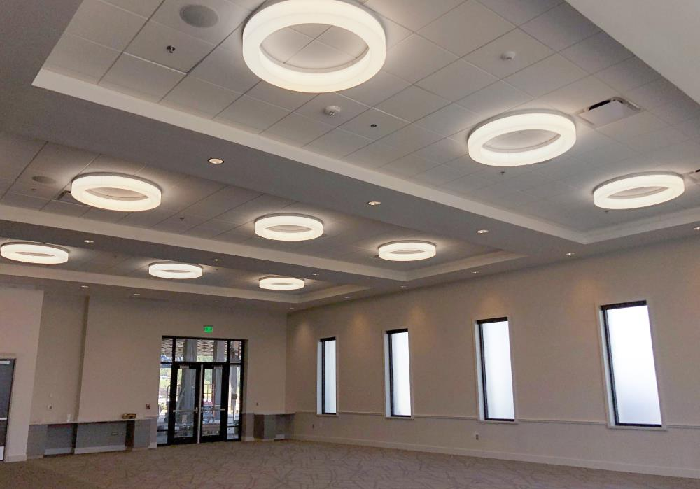 Novato Ring Ceiling - The Venue at Coosa Landing