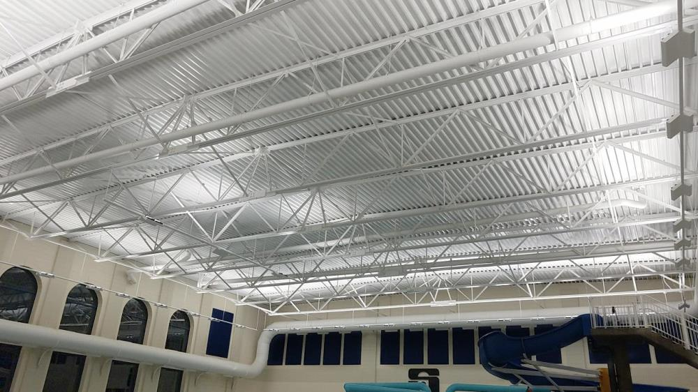 Lightruss Rail - Signicast Pool
